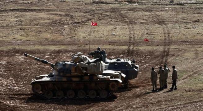 قوات تركية عند تخوم الموصل