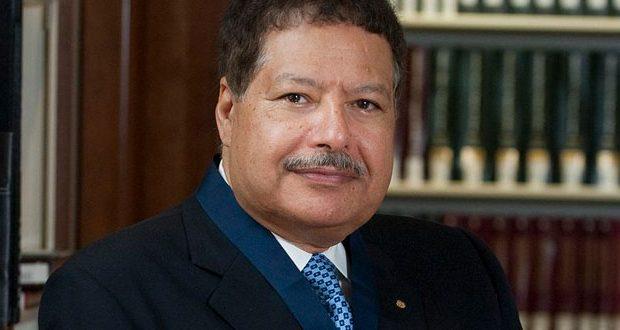 وفاة-العالم-المصري-احمد-زويل-620x330